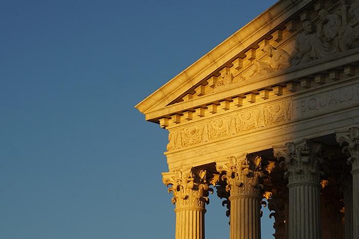 US Supreme Court building Dobbs Roe